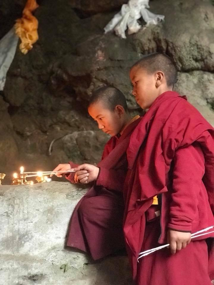 Offering butter lamps at Mandarava, Nepal, 2018. (Photo Peter Ho)
