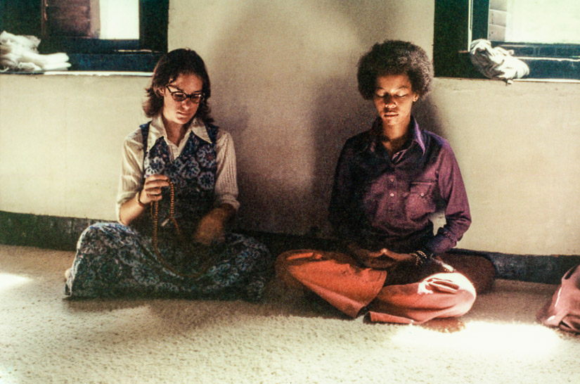 Randa Solick and Jan Willis, Kopan, 1972