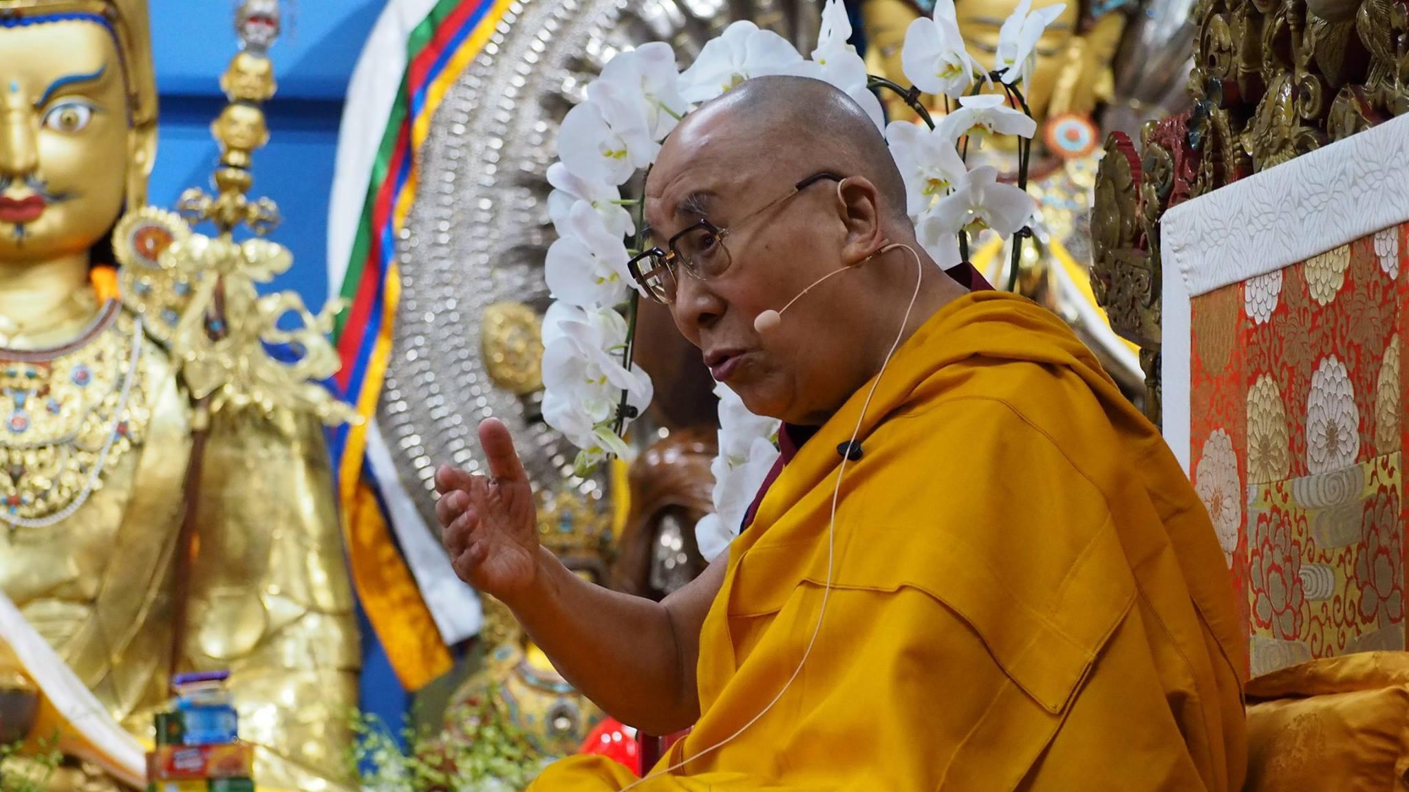 His Holiness the Dalai Lama teaching in Thekchen Choling, Dharamsala, India. (Photo Ven Tenzin Tsultrim)