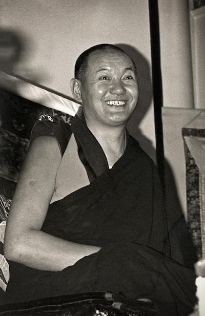Lama Yeshe teachingatKensington Town Hall, England, 1975.(Photo by Dennis Heslop)