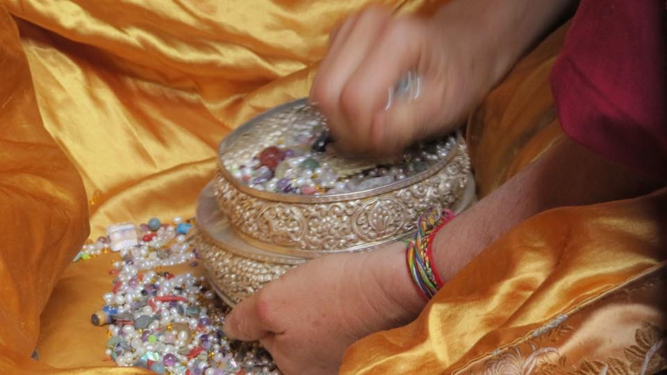 Offering the Mandala of Thirty-Seven Heaps. (Photo Ven Kewa Sangpo)