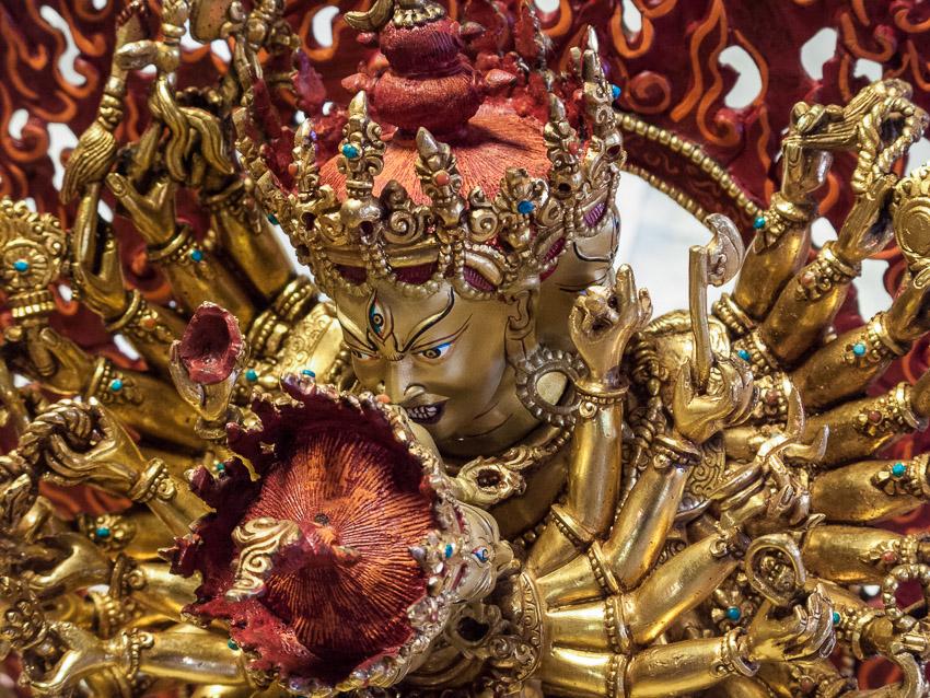 Statue of Kalachakra, Kurukulla Center, Boston. (Photo David Zinn)