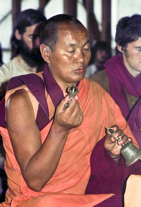 Lama Yeshe doingpuja atChenrezig Institute,1975. (Photographer unknown)